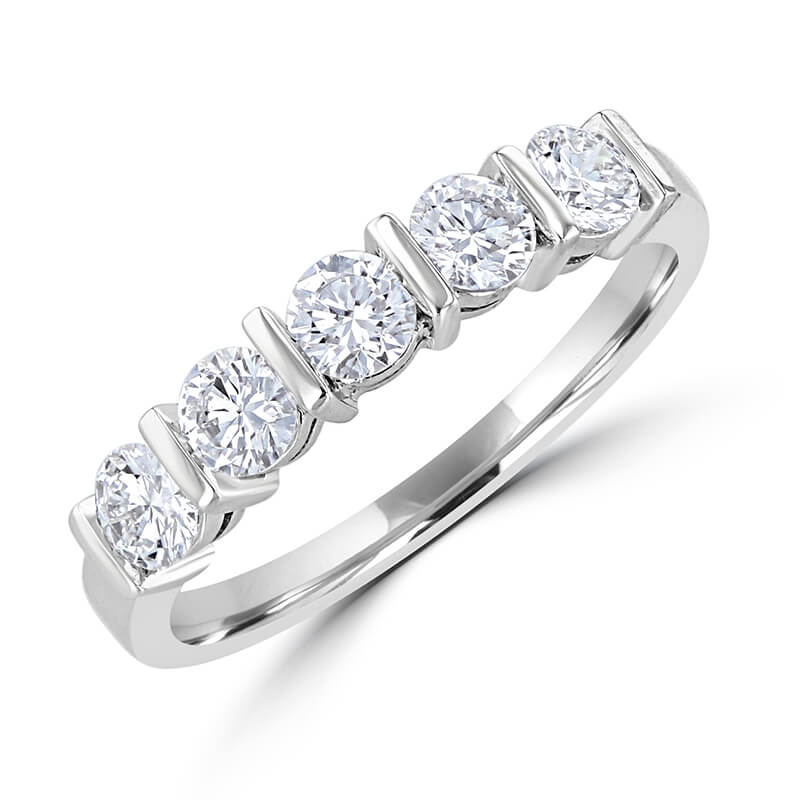 FIVE DIAMOND BAND RING