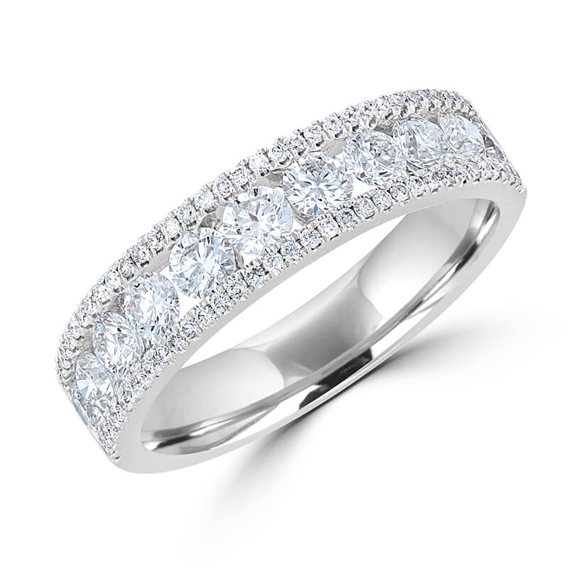 ROUND DIAMOND PRONG BAND RING