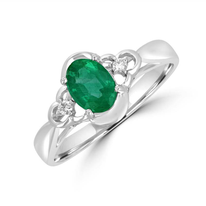 OVAL EMERALD & ONE DIAMOND ON EACH SIDE RING