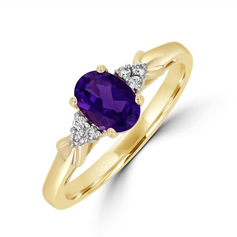 5X7 OVAL AMETHYST AND THREE DIAMONDS ON EACH SIDE RING