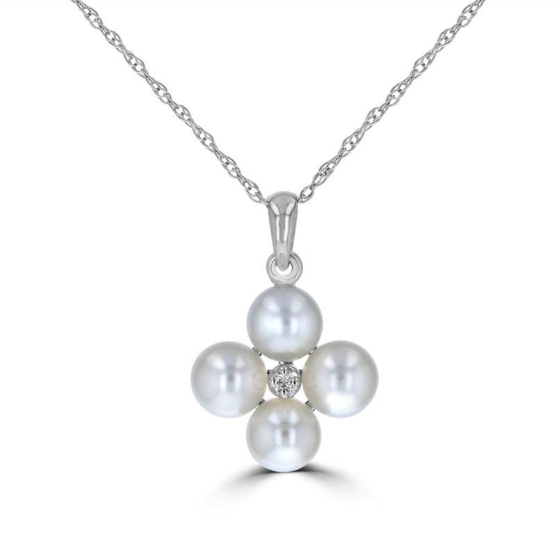 4.60-4.80MM FOUR FRESHWATER PEARL W/ CENTER DIAMOND PENDANT (CHAIN NOT INCLUDED)