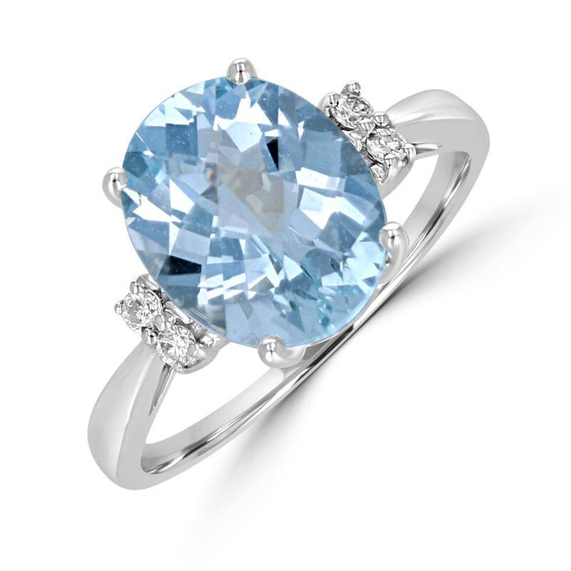 9X11 OVAL AQUAMARINE WITH TWO DIAMONDS EACH SIDE RING