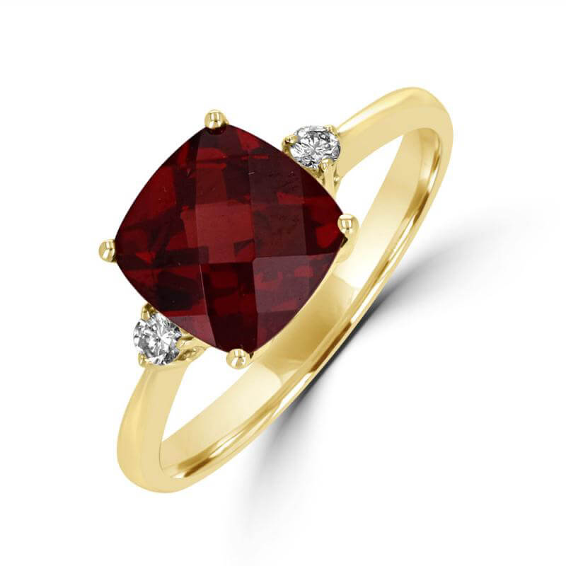 8MM CUSHION GARNET AND ONE ROUND DIAMOND ON EACH SIDE RING