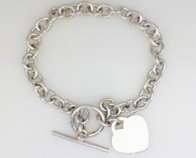 JCSJCS1422: Ladies sterling silver heart bracelet with a toggle clasp.